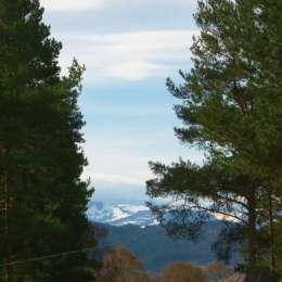 Cairngorms - Last of Winter Snow May2018